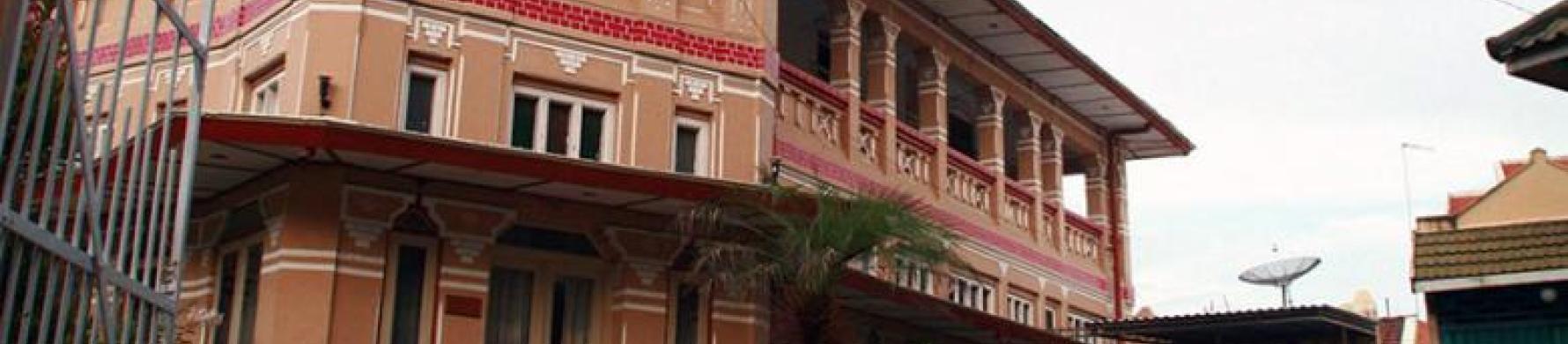 Rumah Gajah Mungkur Jadi Ikon Kampung Kemasan Gresik Darwin Chai