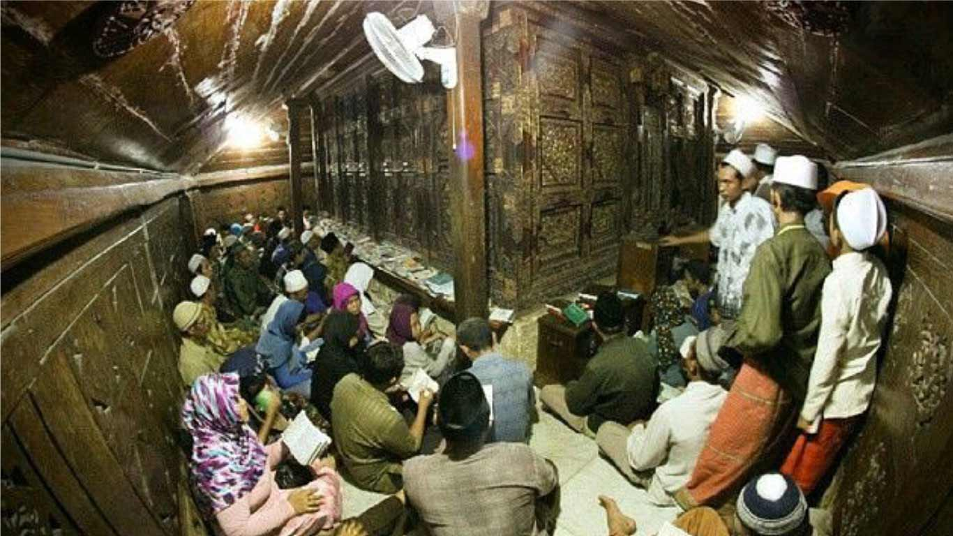 Malam Selawe Dinas Pariwisata Kebudayaan Kabupaten Gresik Bulan Ramadhan Kota
