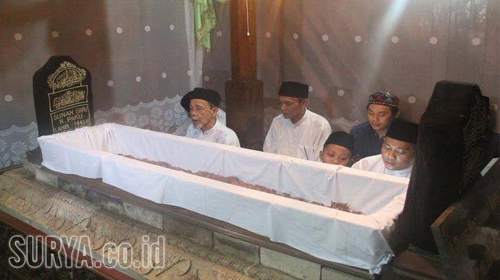 Malam Selawe Tradisi Peninggalan Sunan Giri Dihadiri Ribuan Warga Berbagai