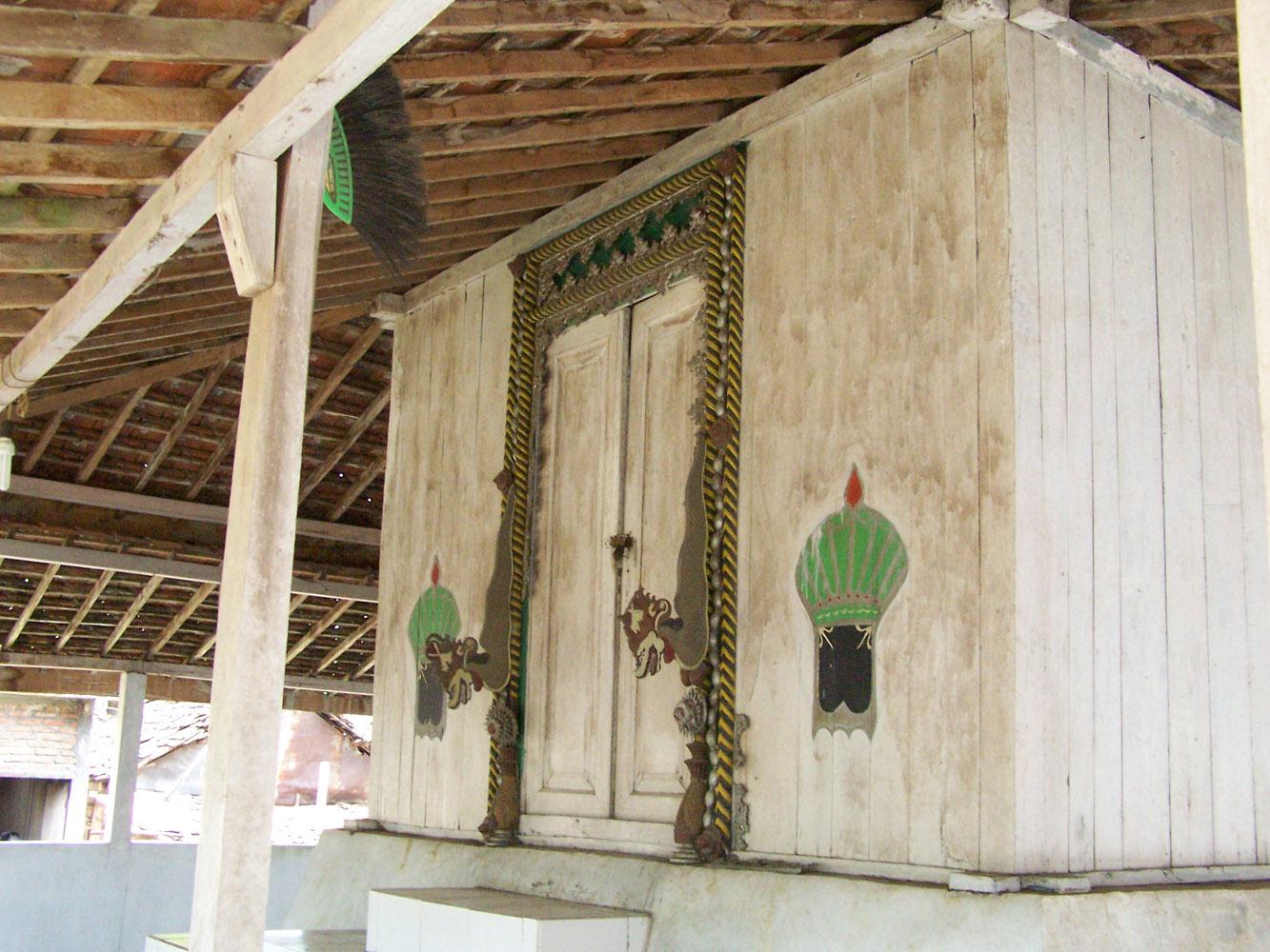 Menelusuri Jejak Ibu Sunan Giri Lamongan Info Kabupaten Makam Dewi