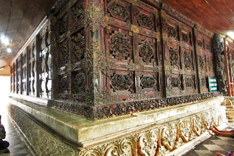 Travel Jelajahi Indahnya Nusantara Travelling Makam Sunan Giri Terletak Desa