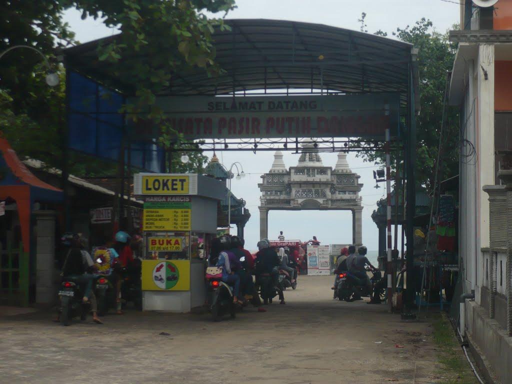 Ciri Khas Budaya Identitas Kabupaten Gresik Jawa Timur Artikel Pantai