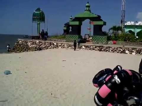 Delegan Beach Pantai Gresik Jawa Timur Indonesia Youtube Dalegan Kab