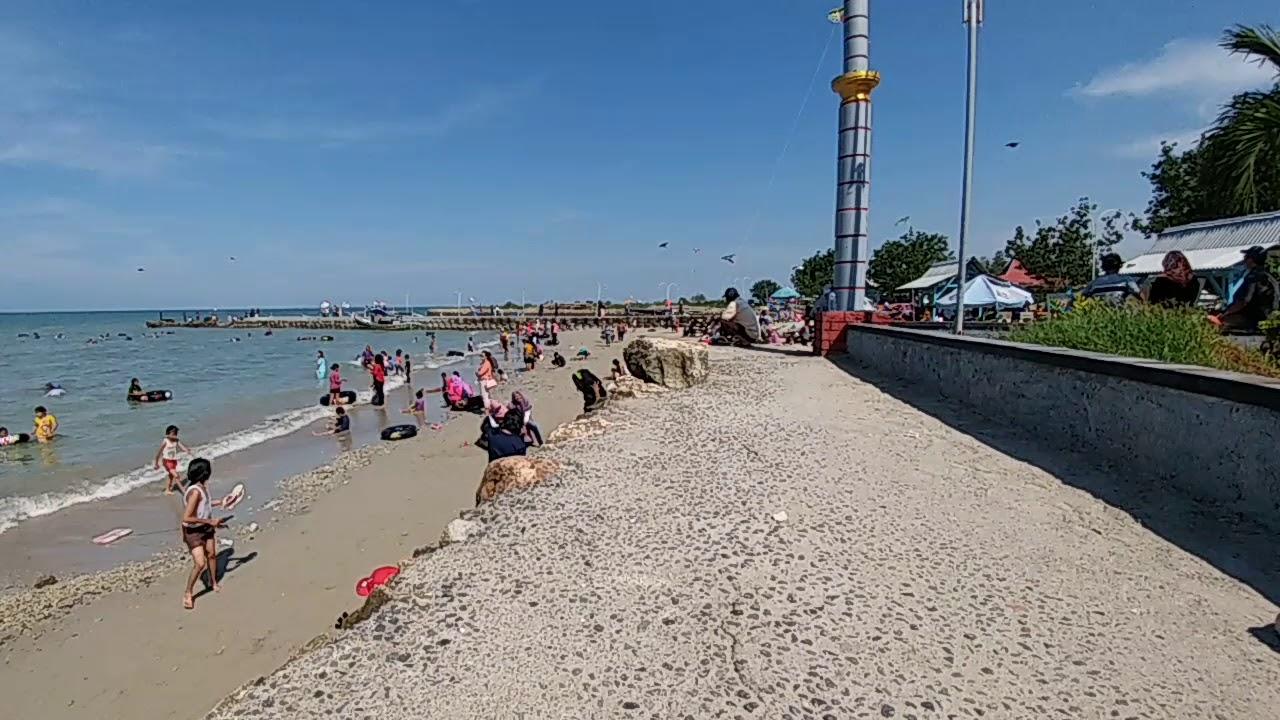 Pantai Delegan Beach Gresik Jawa Timur Indonesia Xmas Holiday Dalegan
