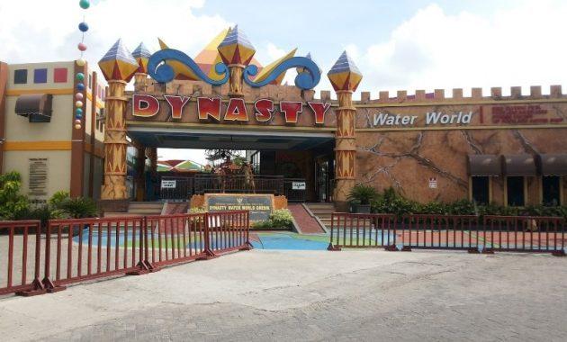 Wisata Dynasty Water World Gresik Harga Tiket Masuk Pantai Dalegan
