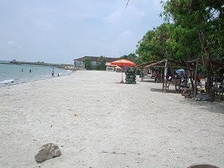 Wisata Pantai Delegan Gresik Jawa Timur Indonesia Pasir Putih Dalegan