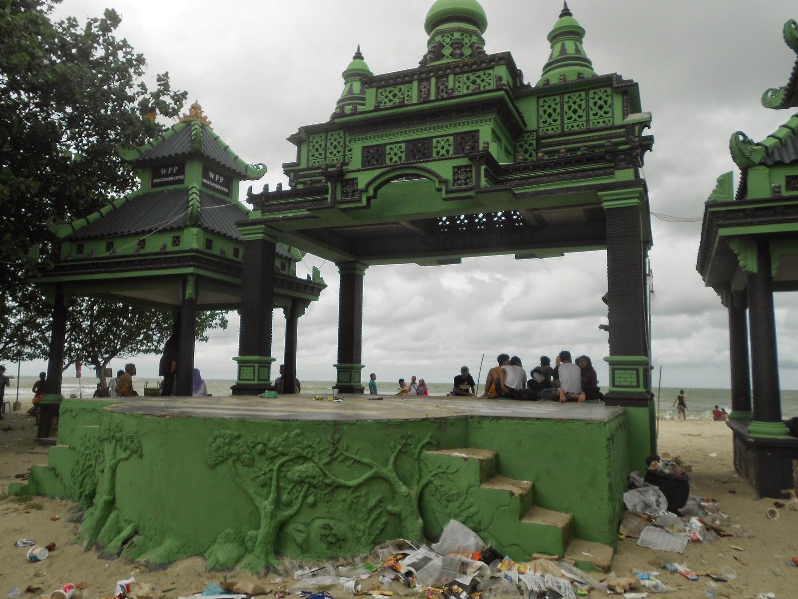 Wisata Pantai Delegan Gresik Jawa Timur Indonesia Tempat Menikmati Dalegan