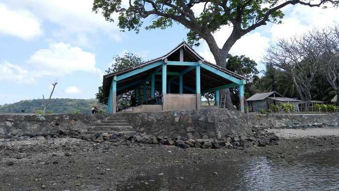 Wisata Makam Panjang Melihat Benda Bersejarah Pulau Bawean Difoto Perairan