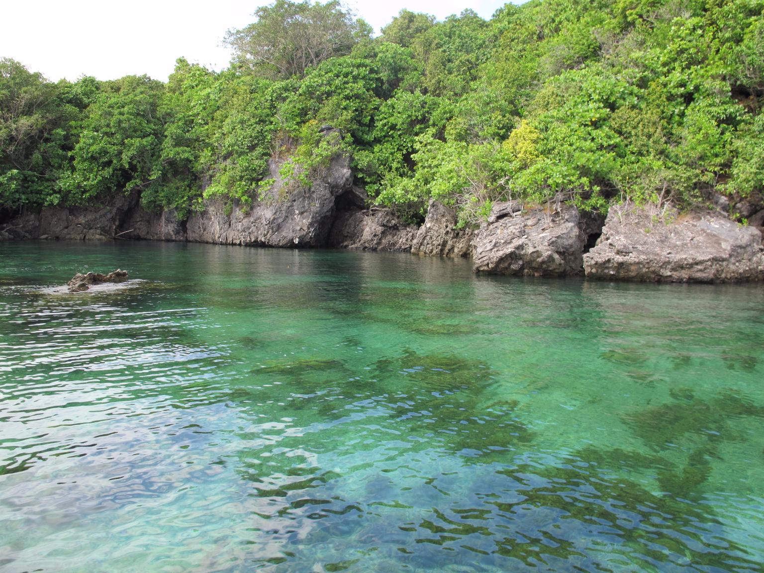 7 Pantai Terbaik Pulau Bawean Rusabawean Pesona Tanjung Gaang Menggunakan