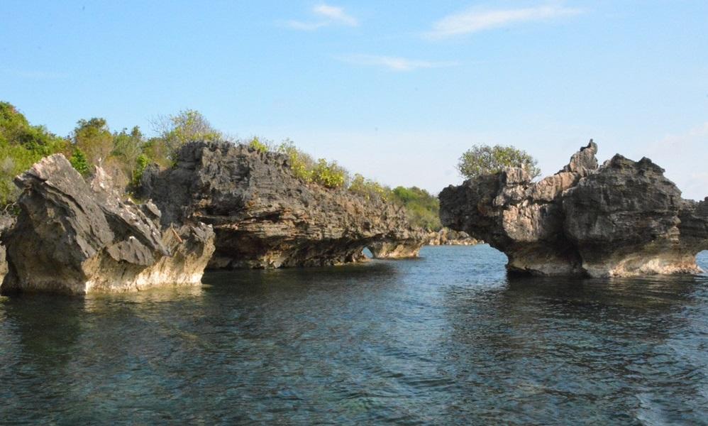 Bawean Pantai Cantik Pulau Mayangkara Kab Gresik