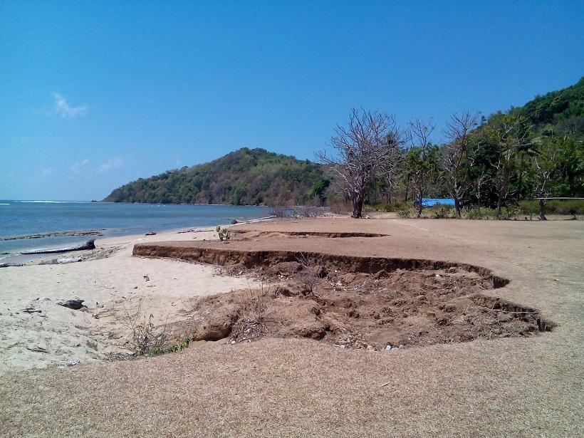 Pantai Mayangkara Objek Wisata Bahari Gresik Kab