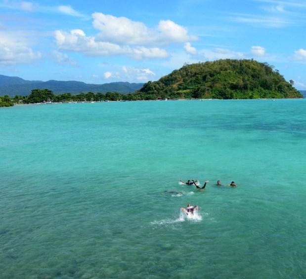 Pulau Bawean Gresik Cektravel Info Pantai Mayangkara Kab