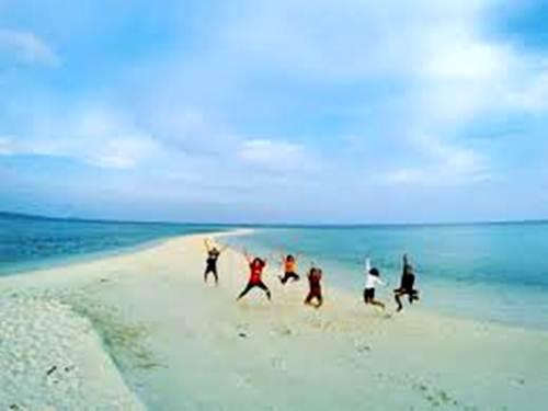 Wisata Pulau Bawean Gresik Pesona Taman Laut Jawa Timur Gili