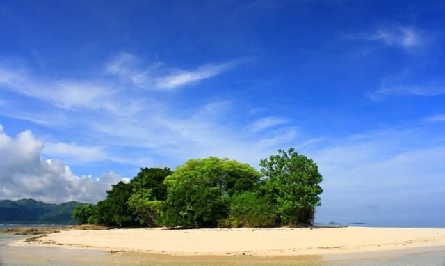 Benteng Lodewijk Historia Voc Pulau Mengare Tas Etnik Tenun Murah