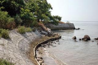 Eko Jarwanto Jejak Historis Benteng Lodewijk Fort Mengare Gresik Pantai