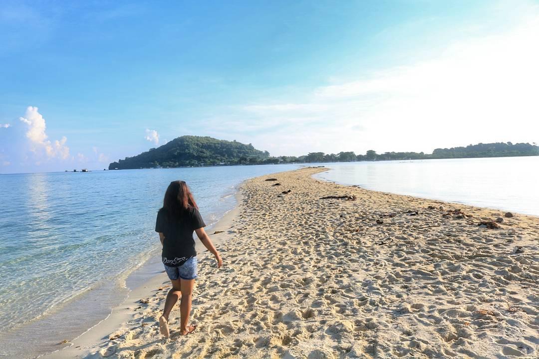 Wisata Pulau Bawean Membuat Wisatawan Kembali Berpenghuni Terbesar Sekitar Memiliki