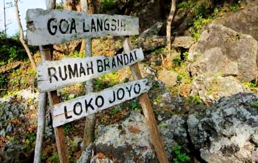 Petilasan Sunan Kalijaga Bukit Surowiti Jadi Tempat Mencari Plang Petunjuk