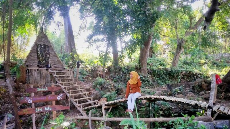 Asyiknya Berwisata Sendang Pancuran Gosari Kabargresik Telaga Desa Ujungpangkah Menjadi