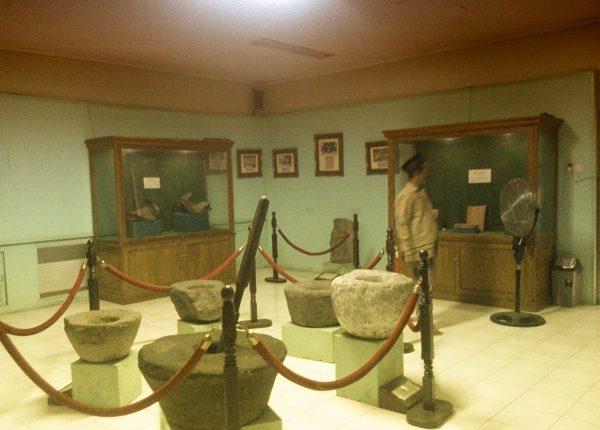 Museum Sunan Giri Jl Pahlawan 24 Kelurahan Tlogo Bendung Gresik