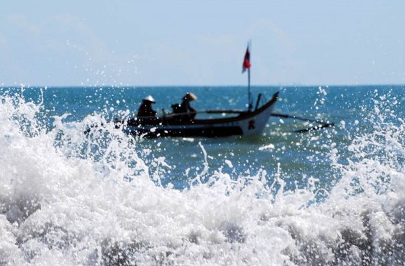 4 Dampak Buruk Gelombang Besar Bagi Pulau Bawean 3 Bikin
