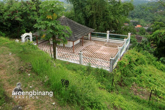 Giri Kedaton 4 Jpg Situs Gresik Makam Raden Supeno Kab
