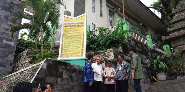 Kemenpar Promosikan Wisata Religi Makam Sunan Giri Kompas Asisten Deputi