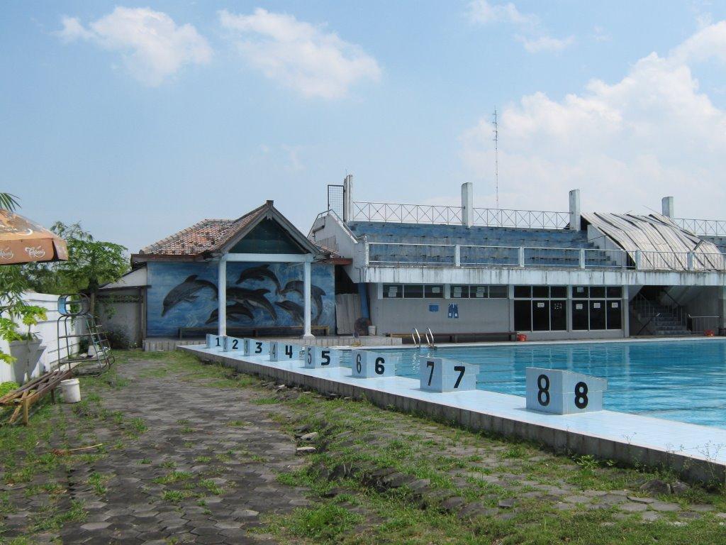 Ayodya Swimming Pool Purwodadi Grobogan Mapio Net Po Bloombang Waterpark