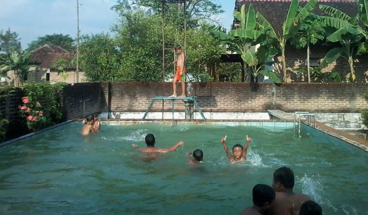 Februari 2018 Trip Jalan Page 3 Ayodya Bloombang Waterpark Kab