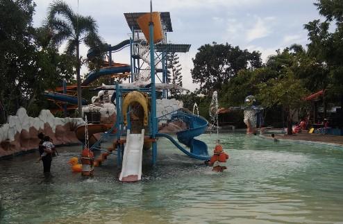 Tiket Masuk Ayodya Bloombang Waterpark Grobogan Info Cilangkap Fasilitas Kab