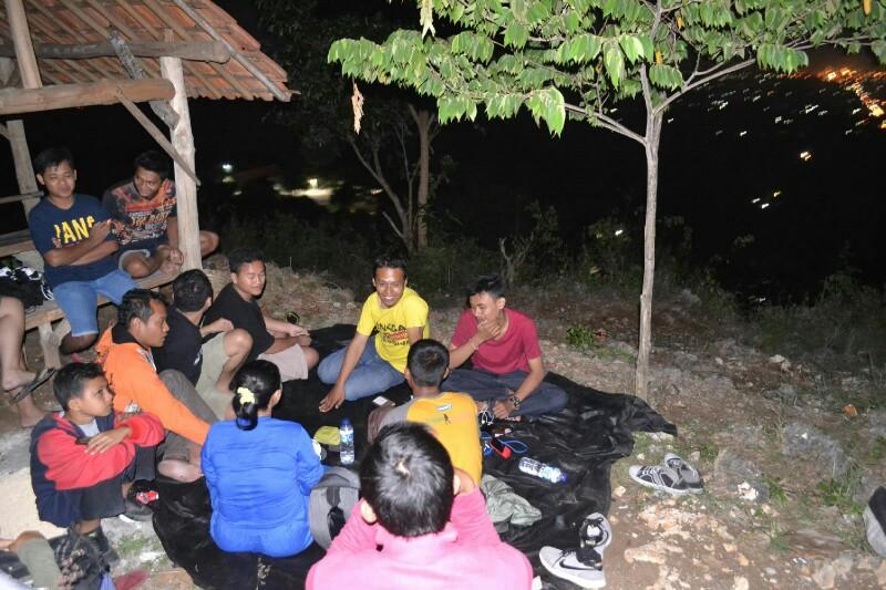 Jatipohon Indah Alternatif Wisata Outdoor Menawarkan Sign Jati Pohon Kab