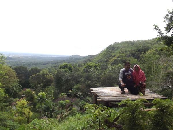 Jatipohon Indah Jpi Destinasi Wisata Favorit Kabupaten Berfoto Latar Panorama