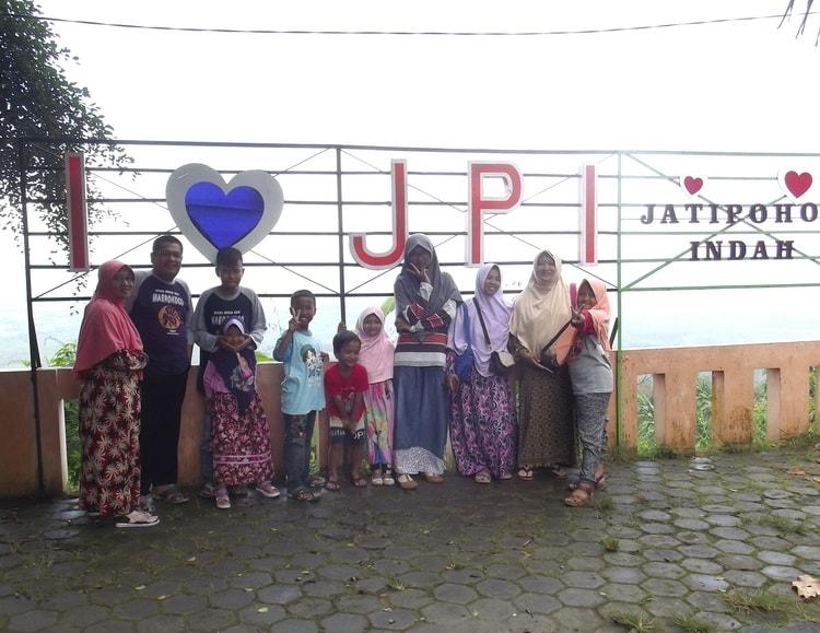 Jatipohon Indah Jpi Destinasi Wisata Favorit Kabupaten Nama Sebagai Sebuah