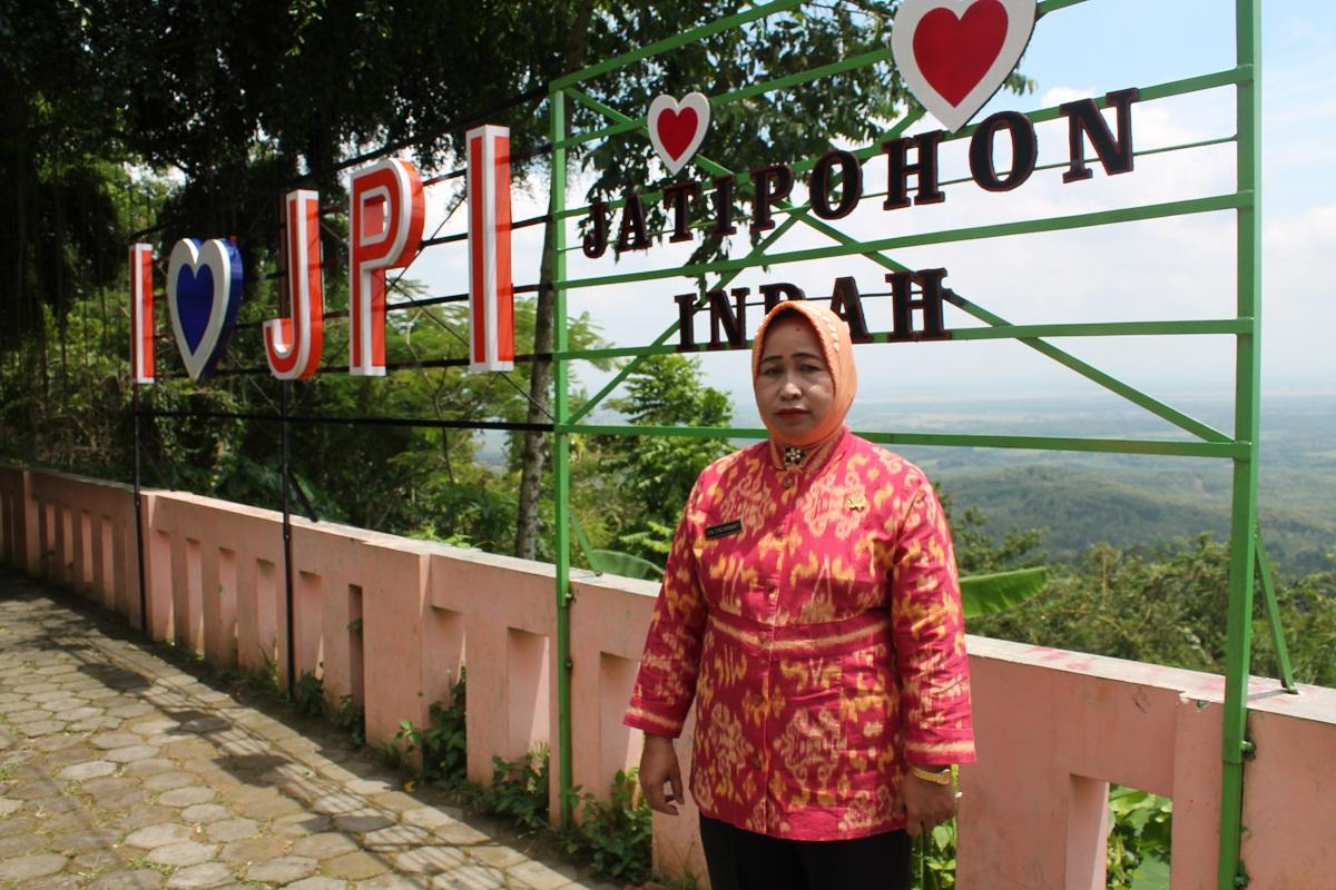 Kades Jatipohon Manfaatkan Potensi Wisata Kembangkan Daerah Jati Pohon Kab