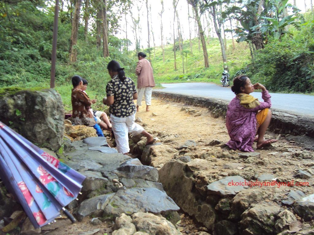 Penunggu Selo Gethuk Blue Academia Berada Sekitar Desa Jatipohon Kecamatan