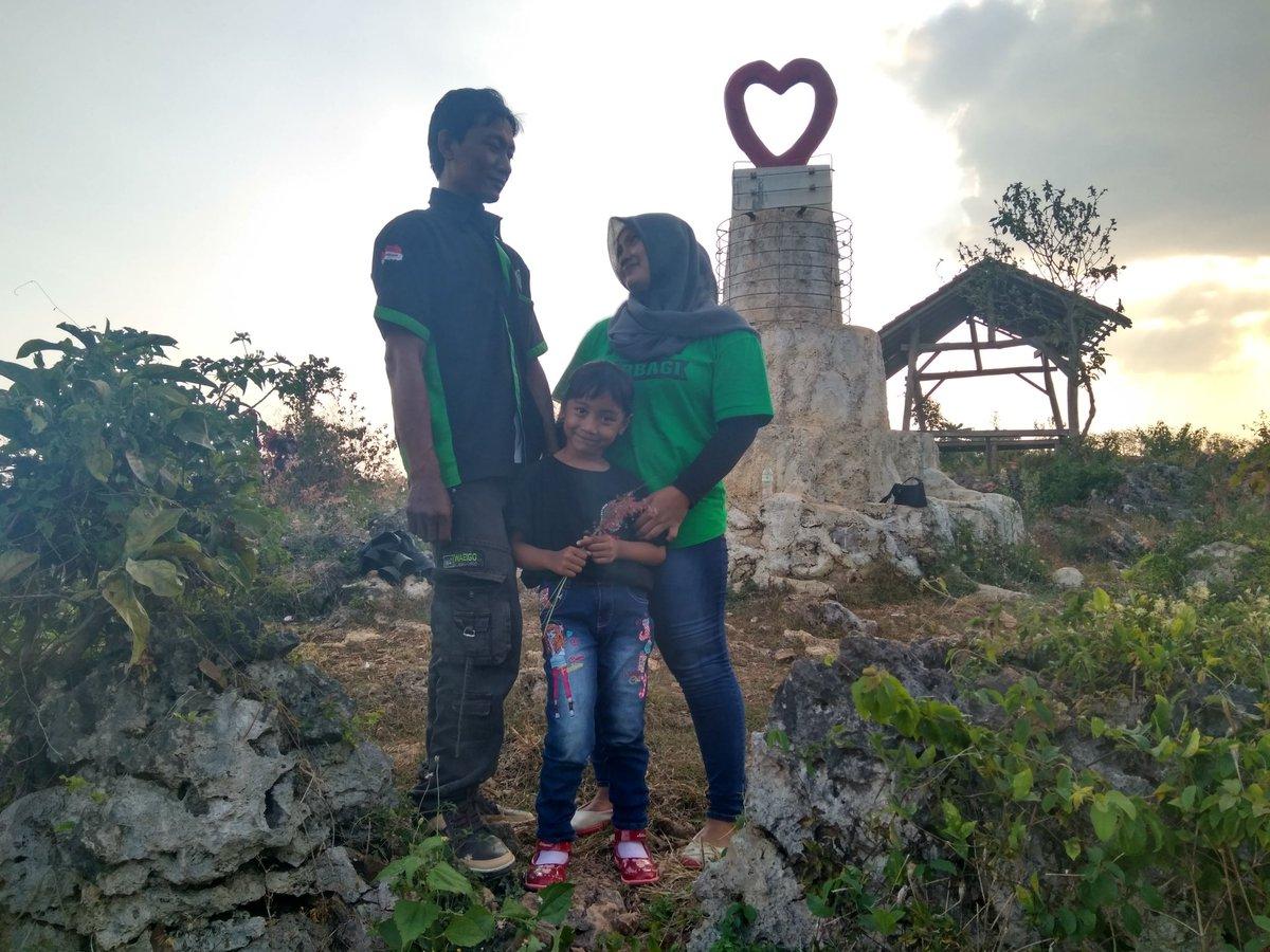 Wisata Jatipohon Twitter Abadikan Momen Indah Bersama Keluarga Tercinta Sumarnigrobogan