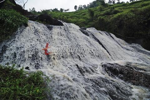 Air Terjun Kedung Kandang Gunungkidul Diantara Salah Satu Tingkatan Kab