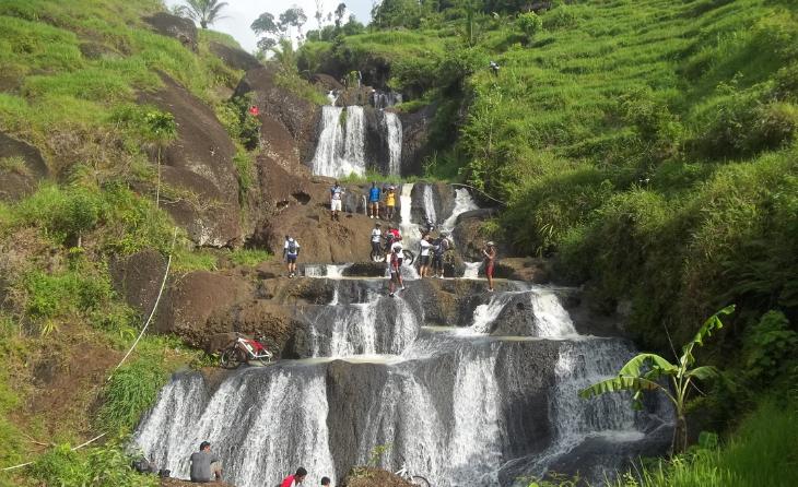 Menikmati Keindahan Air Terjun Kedung Kandang Patuk Gunung Kidul Sebuah