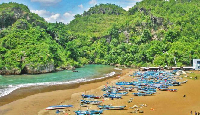 Pantai Baron Gunungkidul Penuh Pesona Yogyakarta Technopark Gunung Kidul Kab