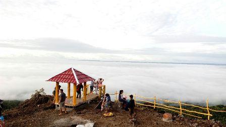 Peristiwa Pesona Gunung Gentong Gedangsari Gunungkidul Kabut Kita Berada Atas