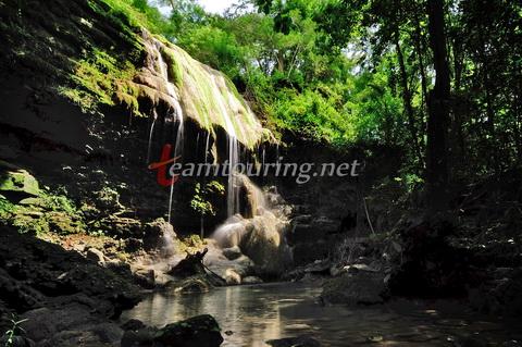 Air Terjun Sendang Tahunan Tersebunyi Hutan Wanagama Gunungkidul Kab