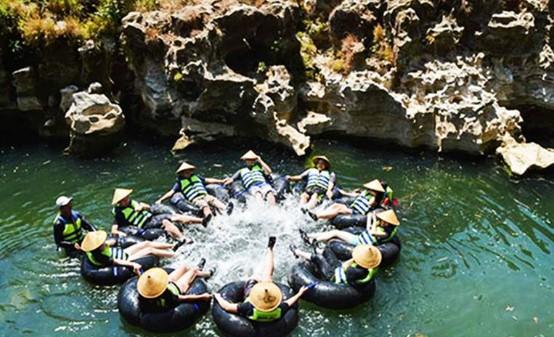 Berpetualang Tegalarum Adventure Park Destinasi Wisata Nusantara Suka Petualangan Yogyakarta