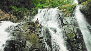 Objek Wisata Indonesia Mencapai Lokasi Curug Pengunjung Berjalan Kaki Sekitar