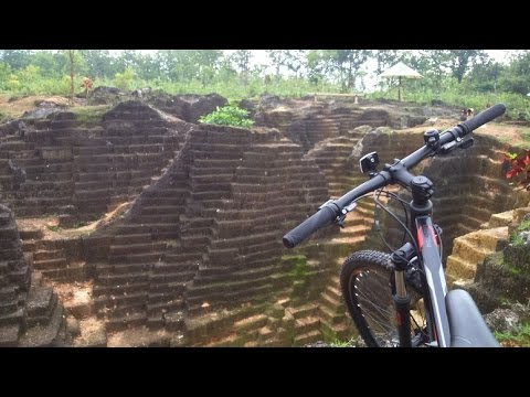 Pesona Watu Giring Gunungkidul Tempat Selfie Unik Youtube Kab