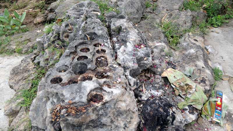 Watu Dakon Cerita Tempat Main Rara Lembayung Hingga Tetes Air
