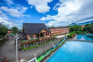 Hotel Sentul Bogor Murah Mulai Rp221 080 Grand Mulya Kolam