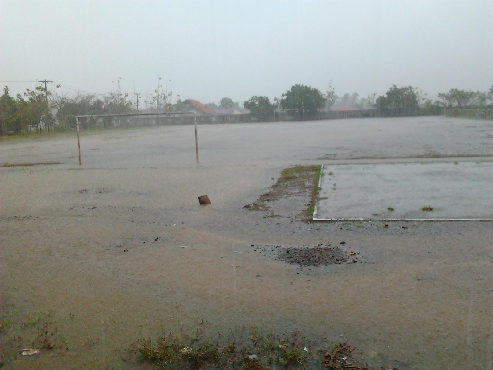 Reza Blaze Desember 2011 Lapangan Atw Kolam Renang Hehe Tirta