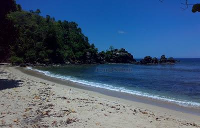 Agung Sabtaji Wisata Pantai Kota Kabupaten Jayapura Base Distrik Utara