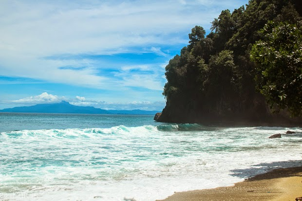 Imaji Pantai Base Daenggassing Ujung Dekat Gunung Batu Kab Jayapura