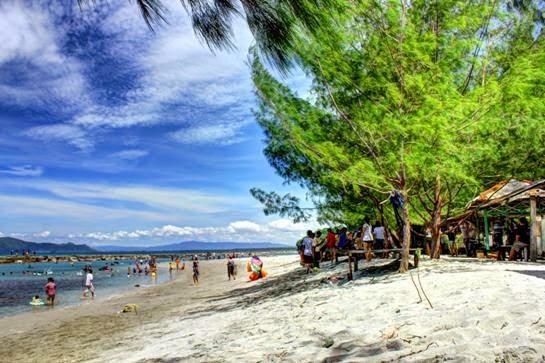 Keindahan Pantai Jayapura Base Kab