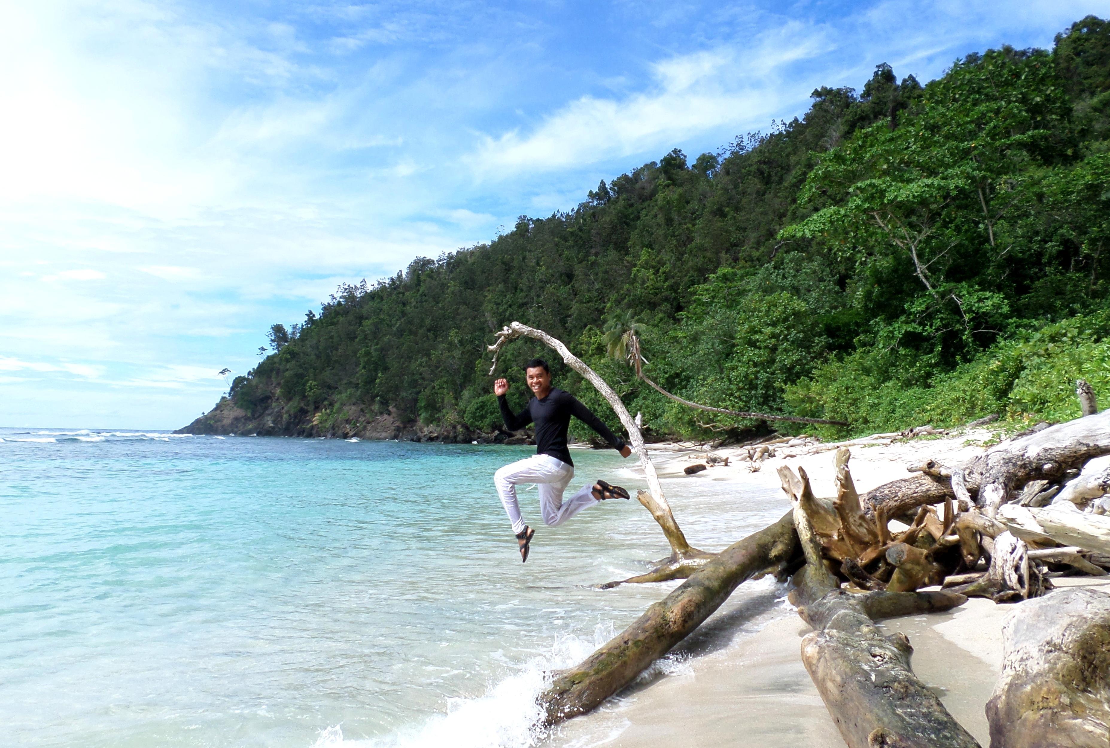 Talassa Pantai Tak Terencana Eat Pray Travel Setelah Makan Pun